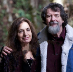 Author duo Daniels & Daniels wrote Tarot at a Crossroads. Kooch Daniels (L), MA in psychology and tarot reader. Victor Daniels, PhD, Professor Emeritus at Sonoma State (Psychology) and Gestalt Therapy Trainer. Also reads tarot.