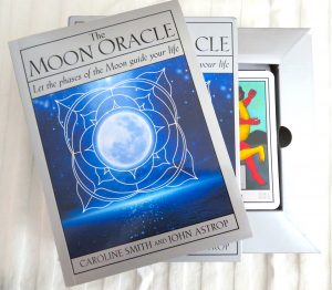 The Moon Oracle The Queen's Sword review